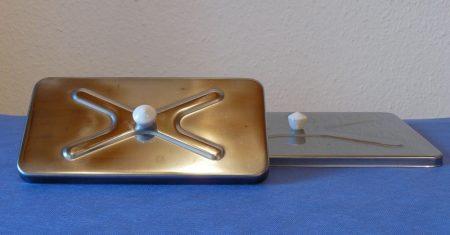 Üvegkádra fémfedő, 250*165 mm